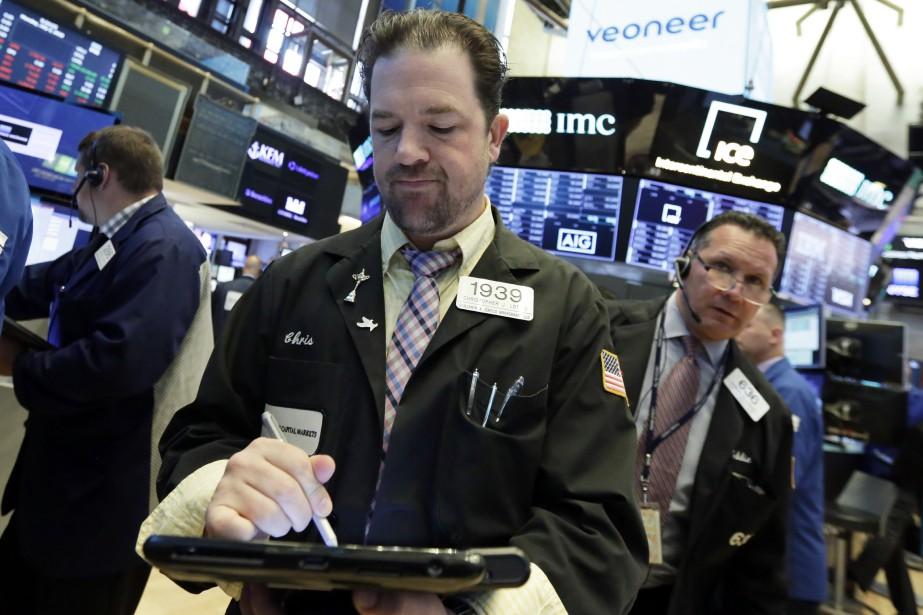 Wall Street a bénéficié lundi d'une forte progression... (Photo Richard Drew, Associated Press)