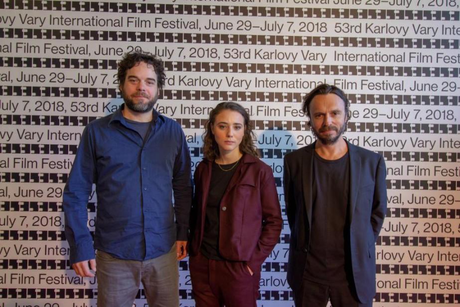 Le réalisateur SébastienPilote (à droite) a assisté à... (Photo fournie par Films Séville)