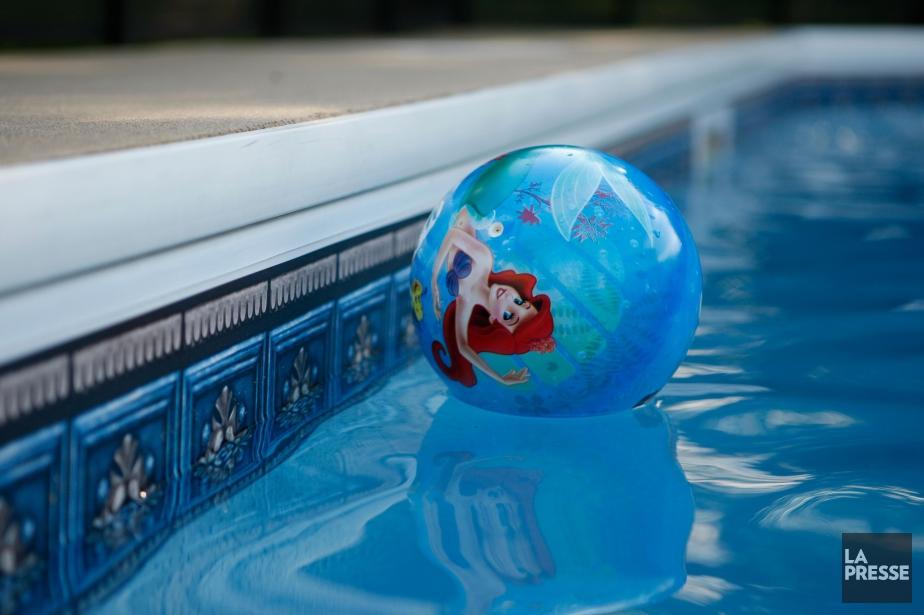 Apprendre aux enfants à nager est l'une des... (photo Martin Chamberland, archives La Presse)