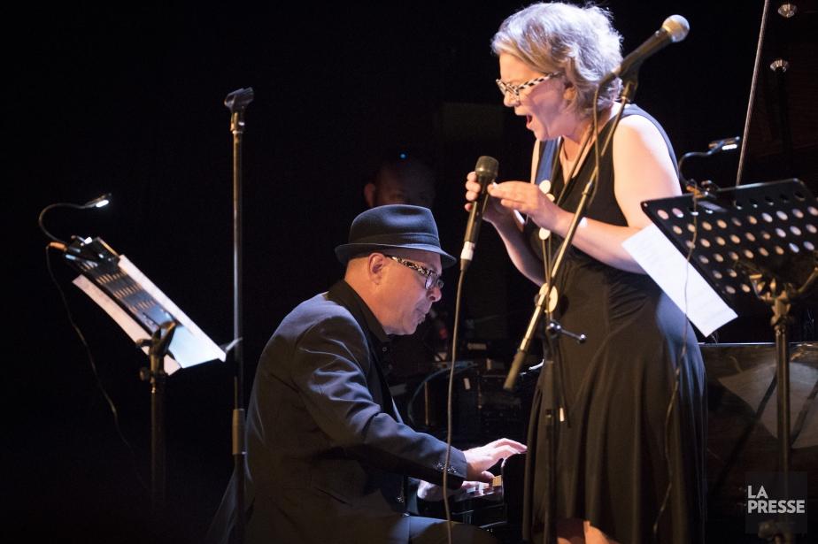 La chanteuse Sonia Johnson s'est jointe autrio montréalais... (PHOTO OLIVIER JEAN, LA PRESSE)