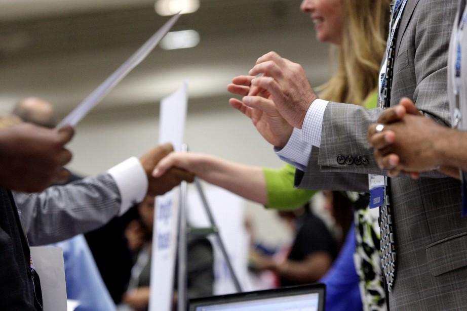 Le nombre de chômeurs a augmenté de 499000... (Photo Archives REUTERS)