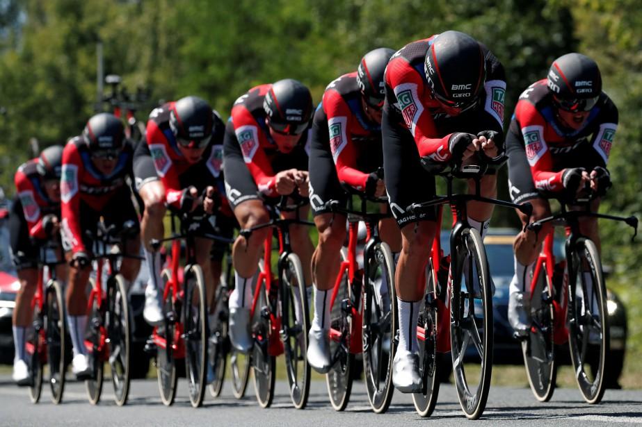 BMC a remporté la troisième étape du Tour... (Photo Benoit Tessier, Reuters)