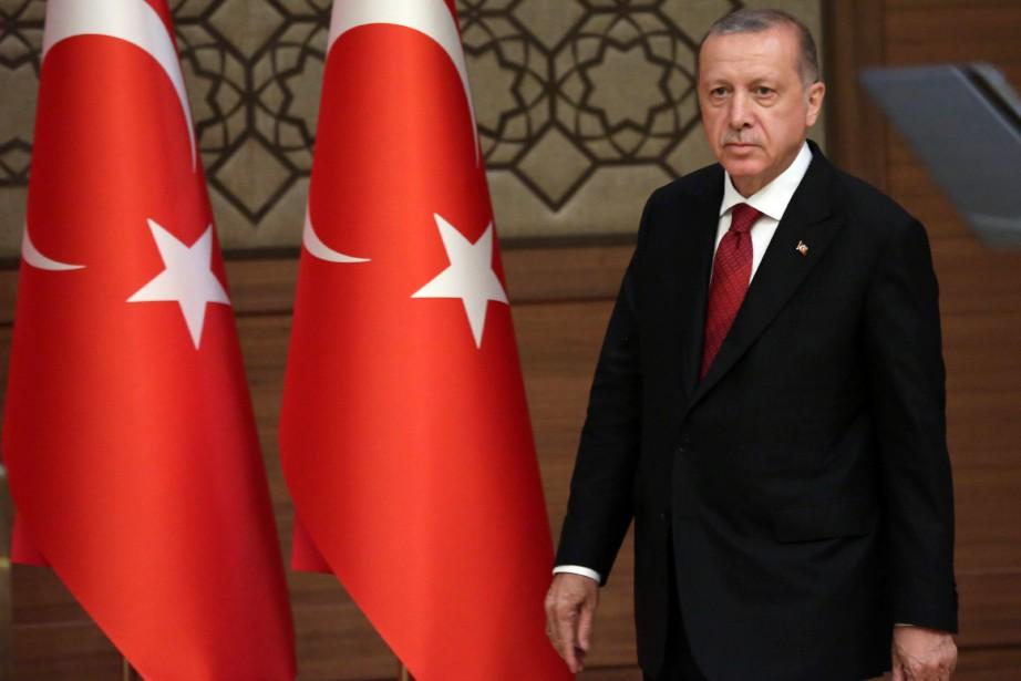 Saluant «un nouveau début» pour la Turquie,Recep Tayyip... (PHOTO AFP)