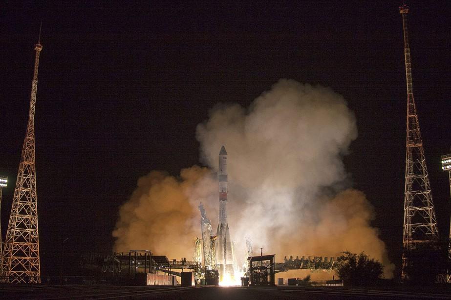 Après avoir décollé avec succès lundi à 21h51... (Roscosmos Space Agency via AP)