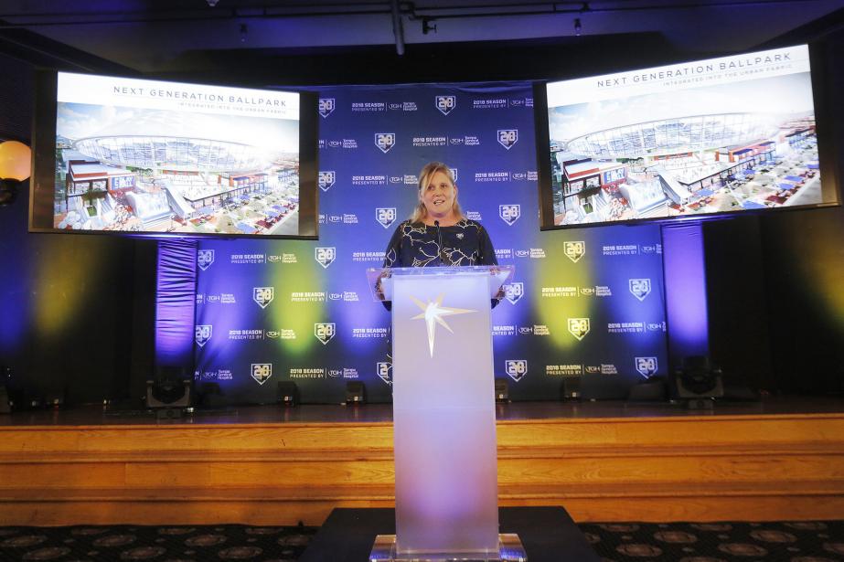 Le stade de 32 000 places serait le... (Photo Octavio Jones via AP)