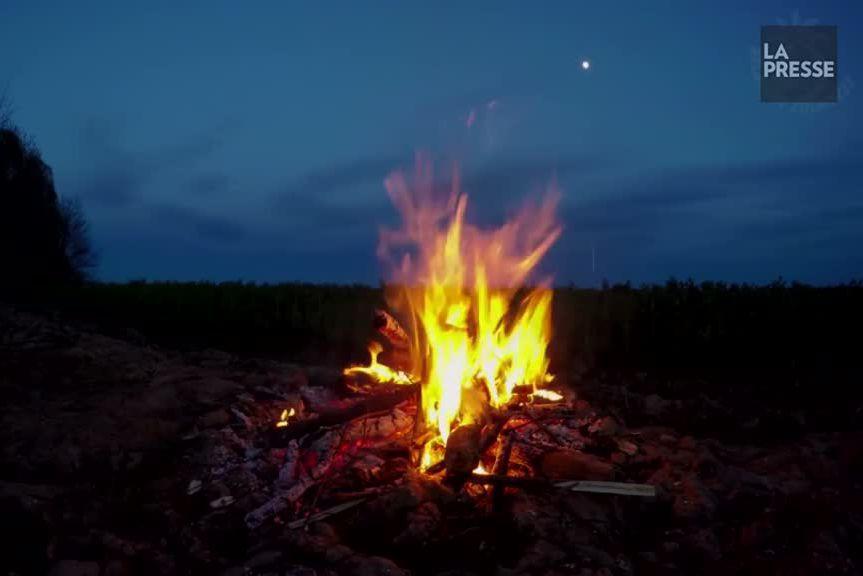 Que ce soit en camping, au chalet ou à la campagne,... (Photo tirée de Youtube)