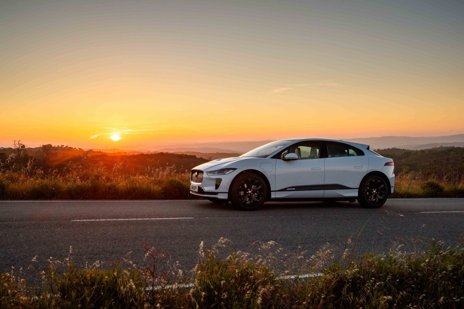 Inutile de tendre l'oreille, cette Jaguar ne rugit pas. Elle... | 2018-07-11 00:00:00.000