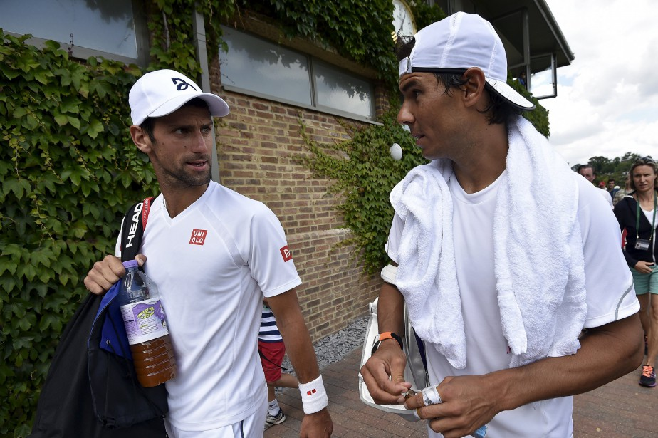 Novak Djokovic et Rafael Nadal s'affronteront vendredi à... (Photo Toby Melville, archives Reuters)