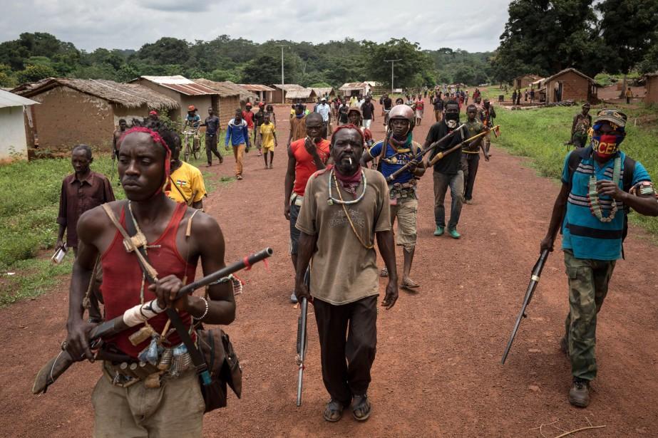 Le texte établit un embargo sur les armes... (PHOTO ALEXIS HUGUET, archives Agence france-presse)