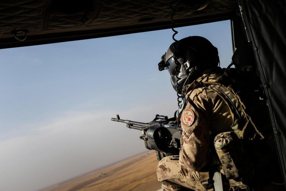 «Les dépenses militaires du Canada se limitent à... (Photo Edouard Plante-Fréchette, Archives La Presse)