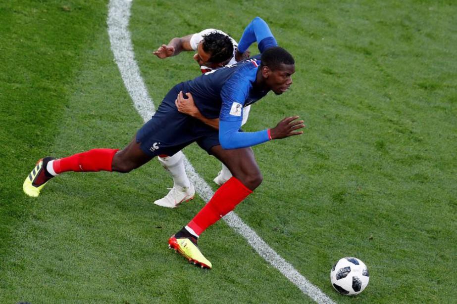 Le milieu de terrain français Paul Pogba en... (PhotoAndrew Couldridge, archives Reuters)