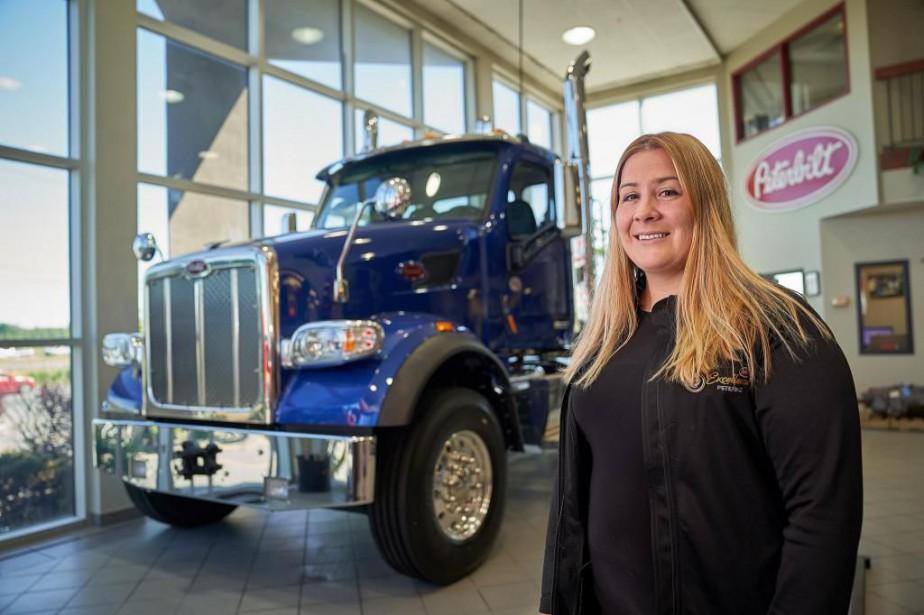 Cathy Lussier, directrice des ventes de camions neufs... (Photo André Pichette, La Presse)