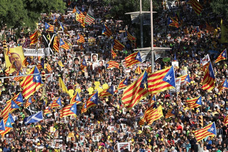 Neuf leaders catalans ont été transféré aujourd'hui de... (Photo Albert Gea, Reuters)