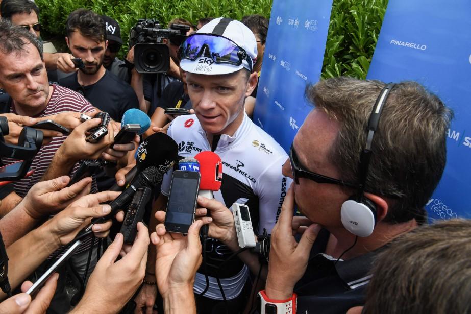 Chris Froomesort de la première semaine du Tour... (Photo Jean-Pierre Clatot, AFP)