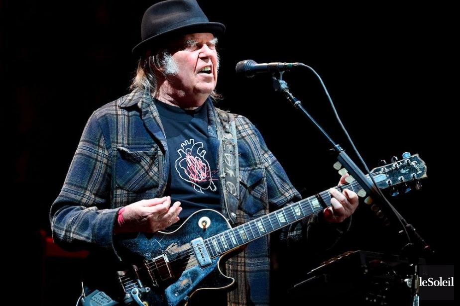Le spectacle du légendaire Neil Young a été... (Photo Érick Labbé, Le Soleil)