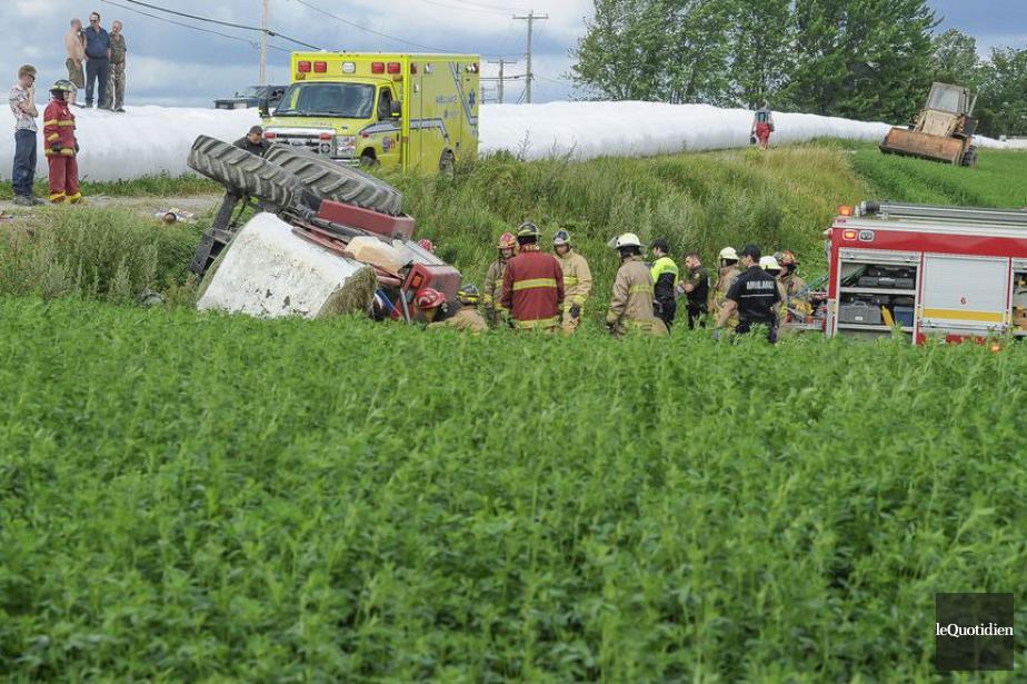 L'homme a été écrasé par son tracteur qui... (Photo Gimmy Desbiens, Le Quotidien)