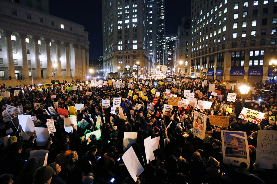 La mort d'Eric Garner avait provoqué d'importantes manifestations... (ARCHIVES AP)