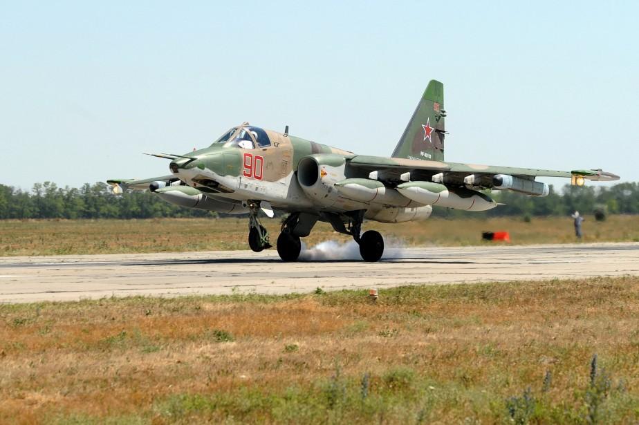 Un avion Su-25 russe, prenant part aux opérations... (Photo Sergey Pivovarov, Archives Reuters)