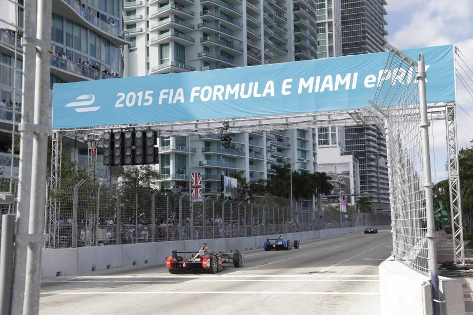 Des citoyens de Miami qui invoquent le bruit... (photo AP)