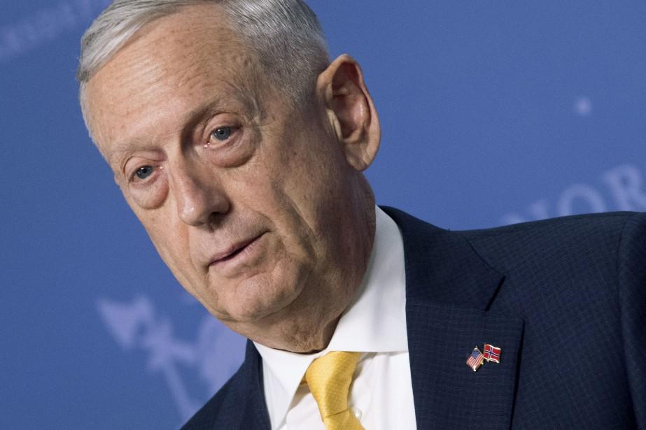Le secrétaire américain, à la Défense Jim Mattis.... (PHOTO AP)