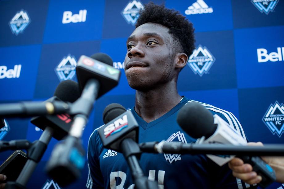 Le jeune prodige du soccer canadien Alphonso Daviesa... (Photo Darryl Dyck, PC)