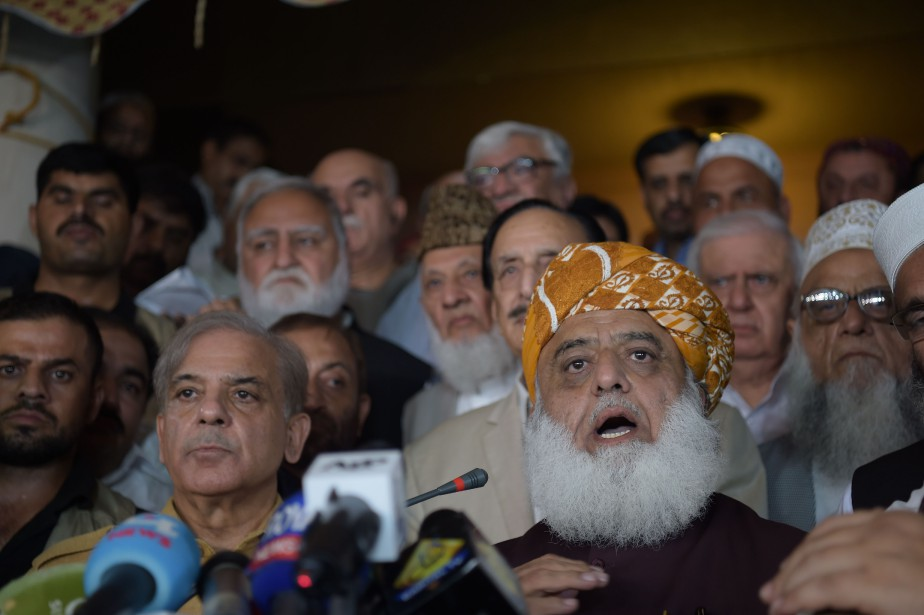 Le chef de l'opposition pakistanaise Maulana Fazalur Rehman ... (Photo Aamir Qureshi, AFP)