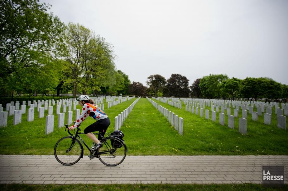 Les amateurs de vélo n'auront plus accès au... (PHOTO MARCO CAMPANOZZI, ARCHIVES LA PRESSE)