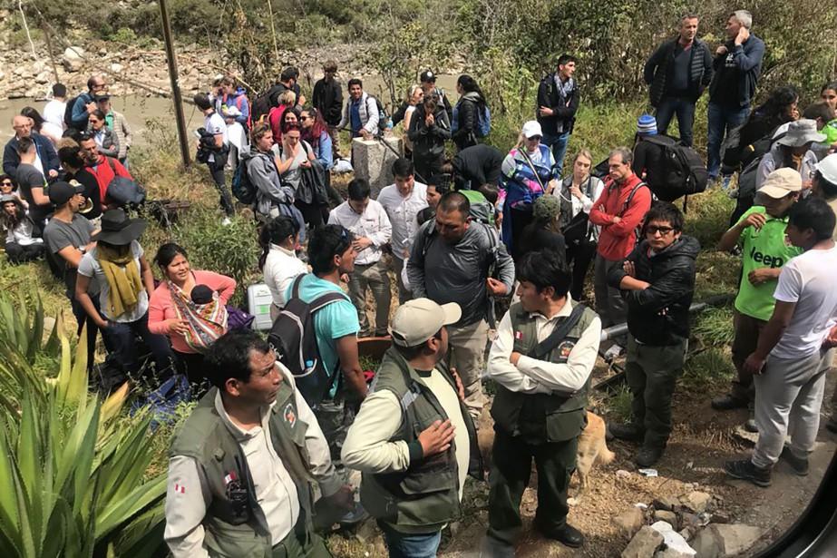 Selon des médias péruviens, des manifestants locaux auraient... (PHOTO AFP)