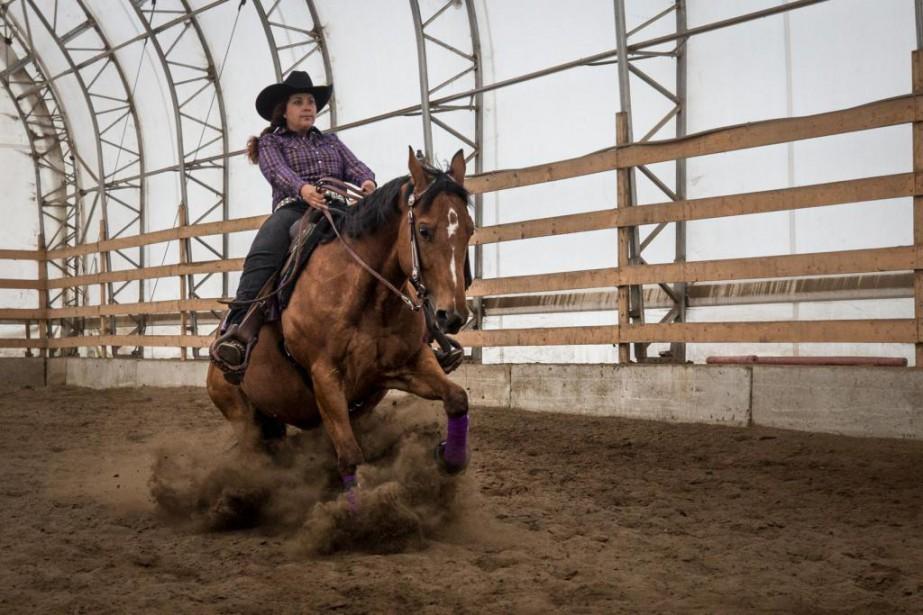 Le reining plaît à Alexandra Gagnon. Elle fait... (PHOTO OLIVIER PONTBRIAND, LA PRESSE)