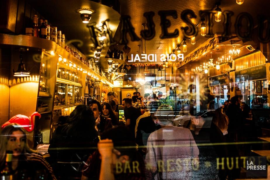 Le restaurant Majestique est le repère des travailleurs... (Photo Martin Tremblay, La Presse)