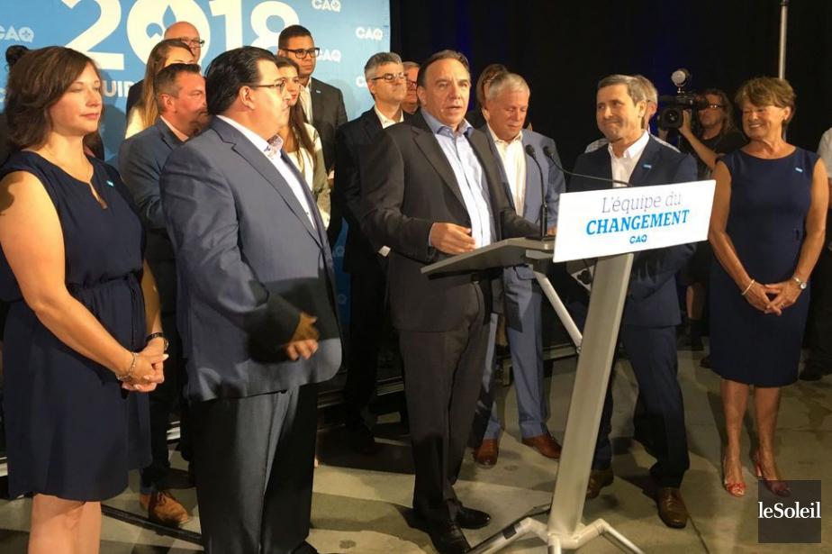 Deux anciens députés québécois, dont un ancien ministre... (Photo Le Soleil)