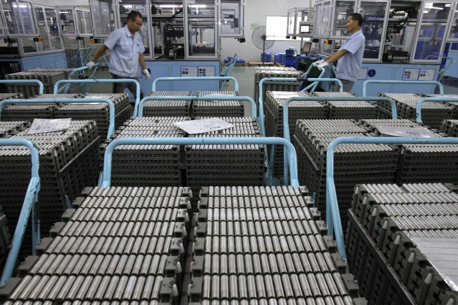 Des batteries au Lithium-ion fabriquées en Chine.... (Photo Chinatopix via AP)