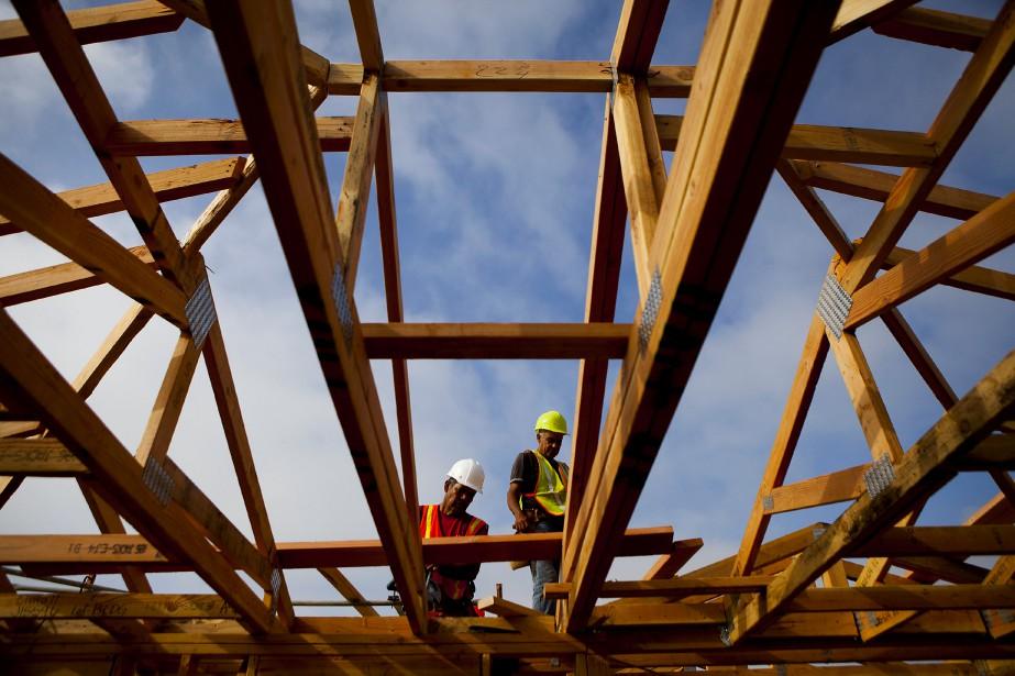 Au Québec, la somme des permis de bâtir... (Photo Sam Hodgson, Archives Bloomberg)