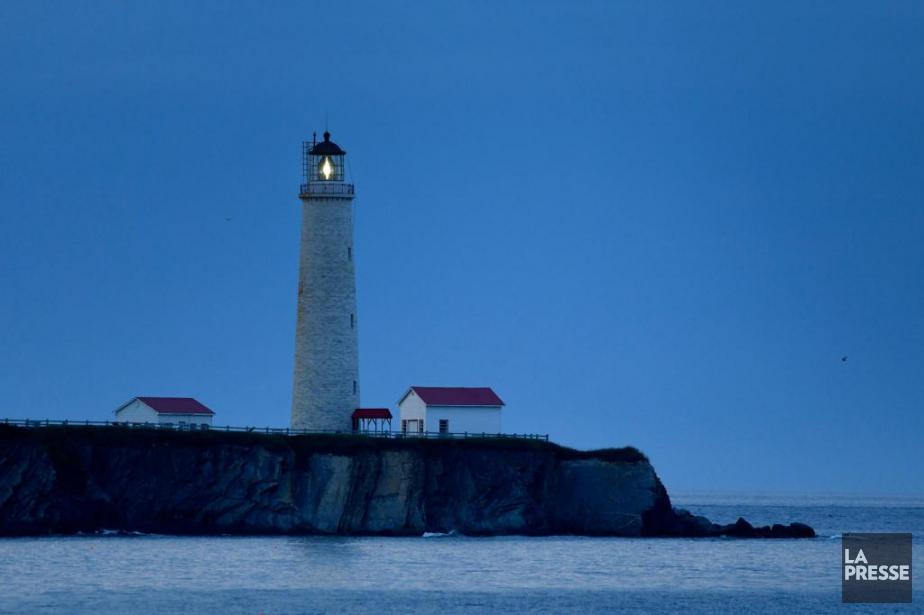 Érigé entre 1853 et 1858, le phare de... (Photo Bernard Brault, La Presse)
