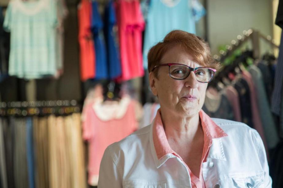 Christiane Laurin, propriétaire de la Boutique 3e Âge... (PHOTO MARCO CAMPANOZZI, LA PRESSE)