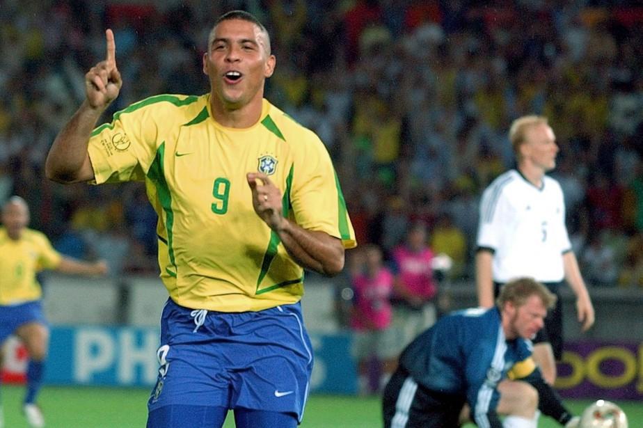 Ronaldo célèbre un but lors de la Coupe... (ARCHIVES AP)
