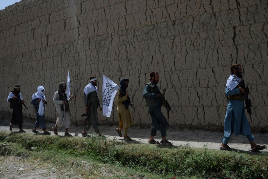 Talibans afghans... (Photo NOORULLAH SHIRZADA, AFP)