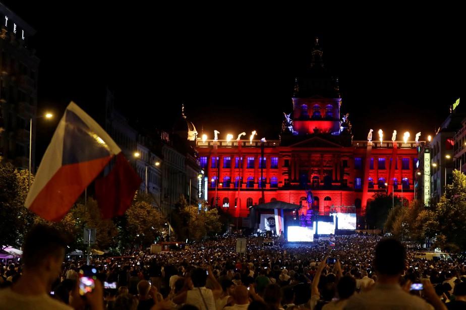 Un concert à été organisé mardi soir sur... (PHOTO REUTERS)