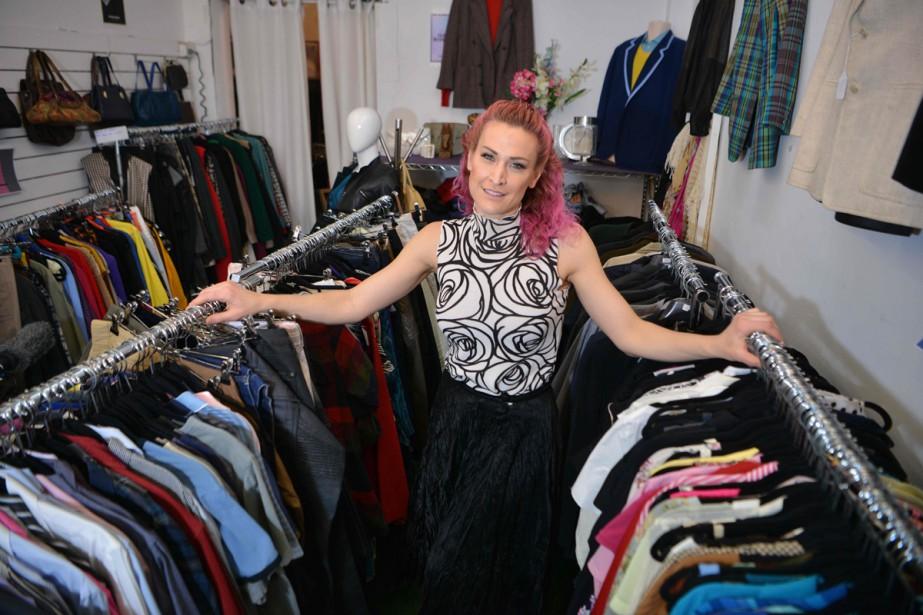 Sarah Freeman dans sa boutique Clothes Library.... (Photo AFP)