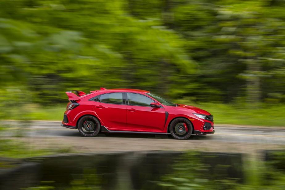 À l'instar de la version traditionnelle à hayon, la Type R est assemblée dans l'usine de Honda de Swindon, en Angleterre, alors que son moteur turbo est construit en Ohio. ()