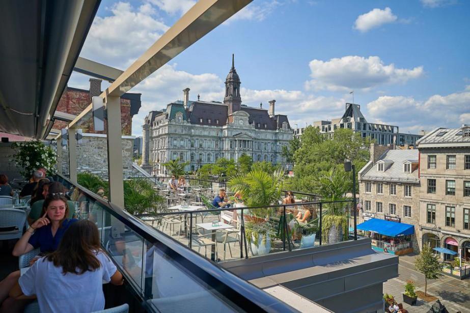 Avec sa terrasse chauffée aux accents vert et... (Photo André Pichette, La Presse)