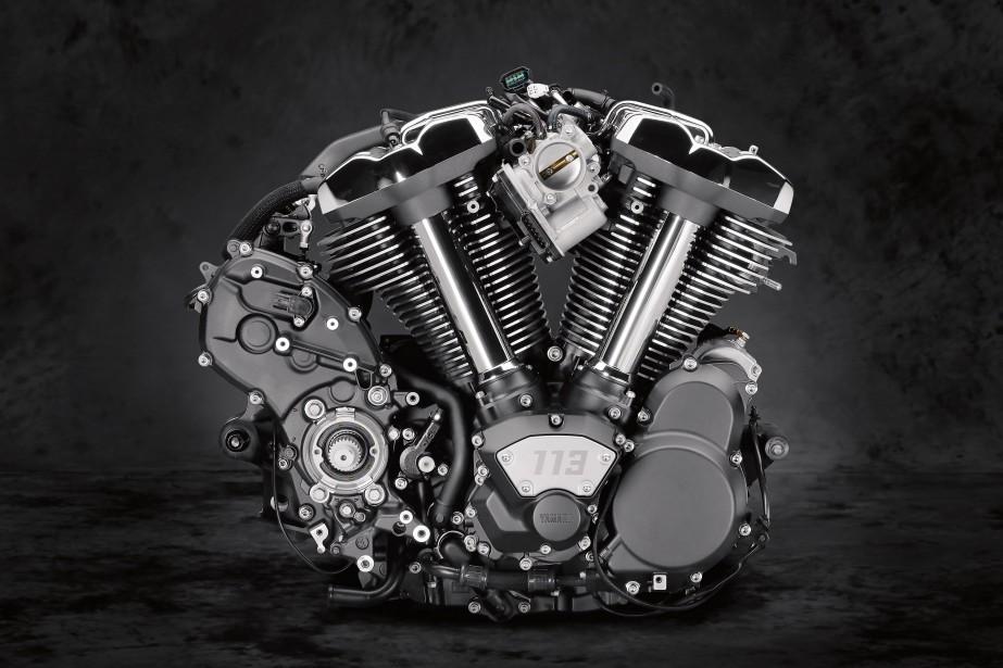 <strong>Le moteur V-Twin de 1854 cc à 6 rapportsaété profondément revu et modernisé avant d'être installé dans la Venture TC et l'Eluder. C'est un moteur exquis.</strong> (.)