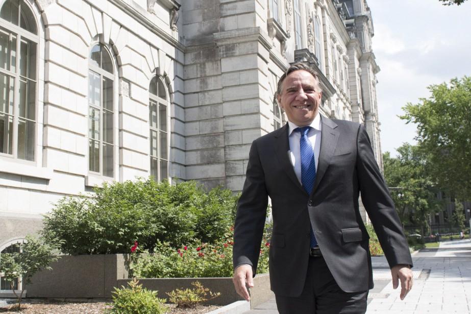 Le chef de la Coalition avenir Québec, François... (PHOTO Jacques Boissinot, ARCHIVES LA PRESSE CANADIENNE)