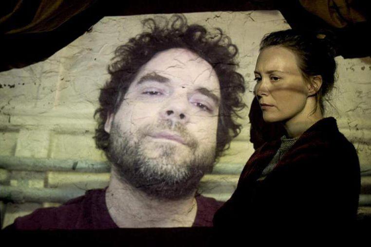 Pierre-Luc Brillant et Isabelle Blais dans Le nid... (Image fournie par K-Films Amérique)