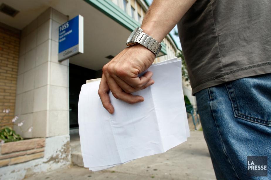 Au Québec, l'emploi a été pratiquement inchangé et... (Photo Martin Chamberland, archives La Presse)