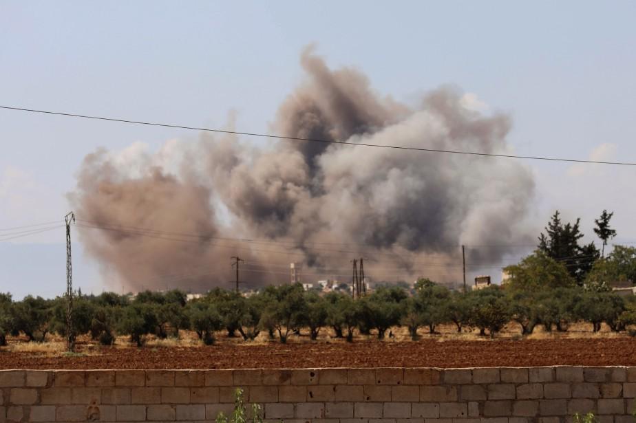 Ces bombardements constituent une escalade alors que le... (Photo OMAR HAJ KADOUR, AFP)