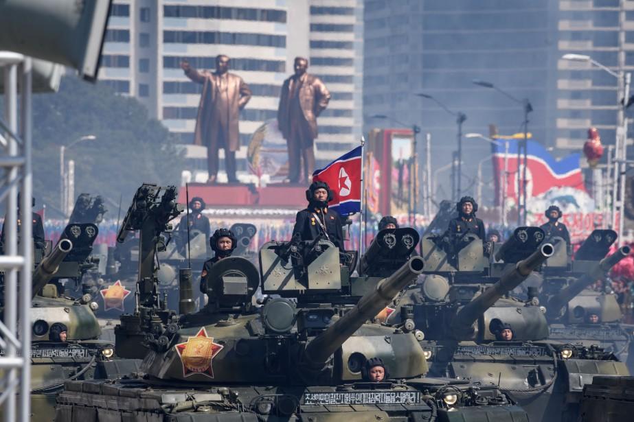 Après une salve de 21 coups de canon,... (PHOTO AFP)