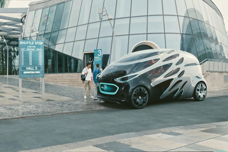 Le Vision Urbanetic est présenté comme un châssis électrique à conduite autonome pouvant recevoir deux carrosseries interchangeables pour le transport de passagers ou de marchandises. ()