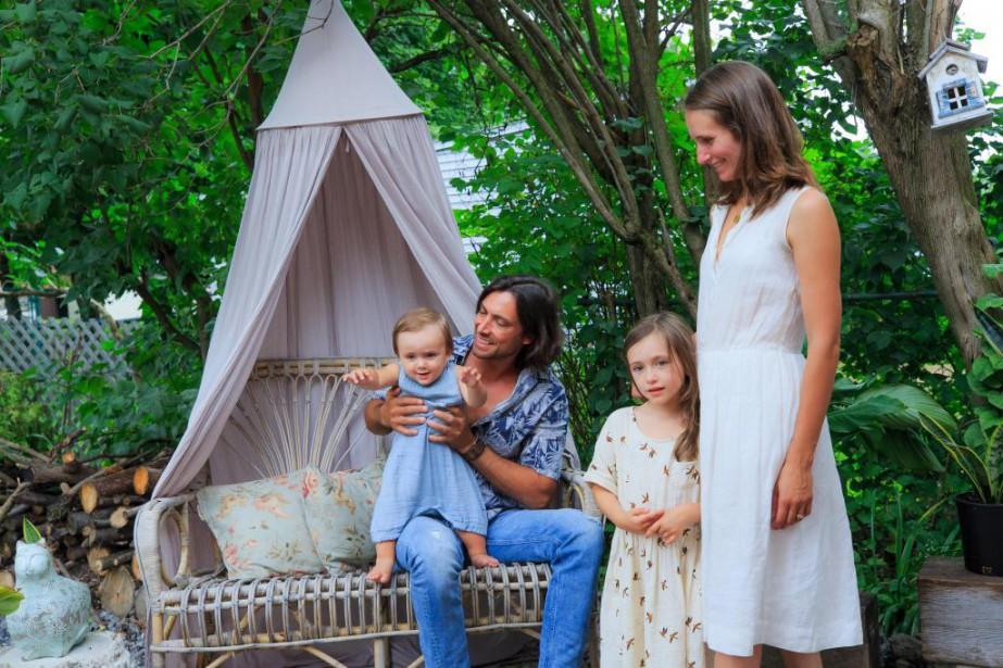 Sébastien Lavigne,Sasha,Charlie-Rose et Julie Plantier (Photo Edouard Plante-Fréchette, La Presse)