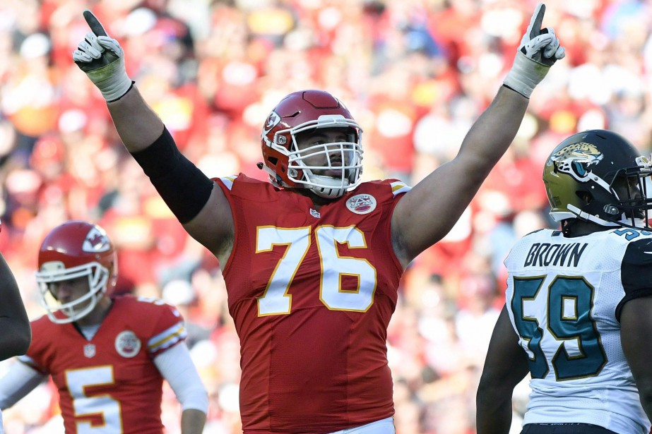 Laurent Duvernay-Tardif... (PHOTO Ed ZURGA, ARCHIVES ASSOCIATED PRESS)